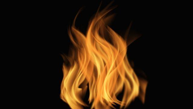 炎上している炎