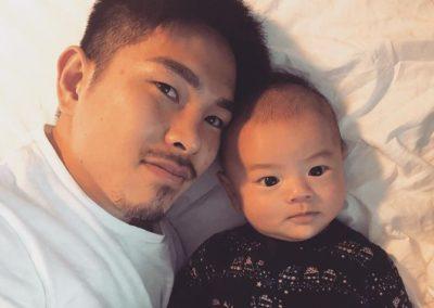 井岡一翔選手と、息子