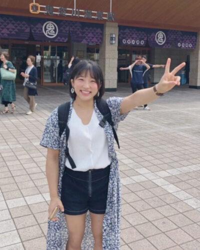 須崎優衣のかわいい私服②